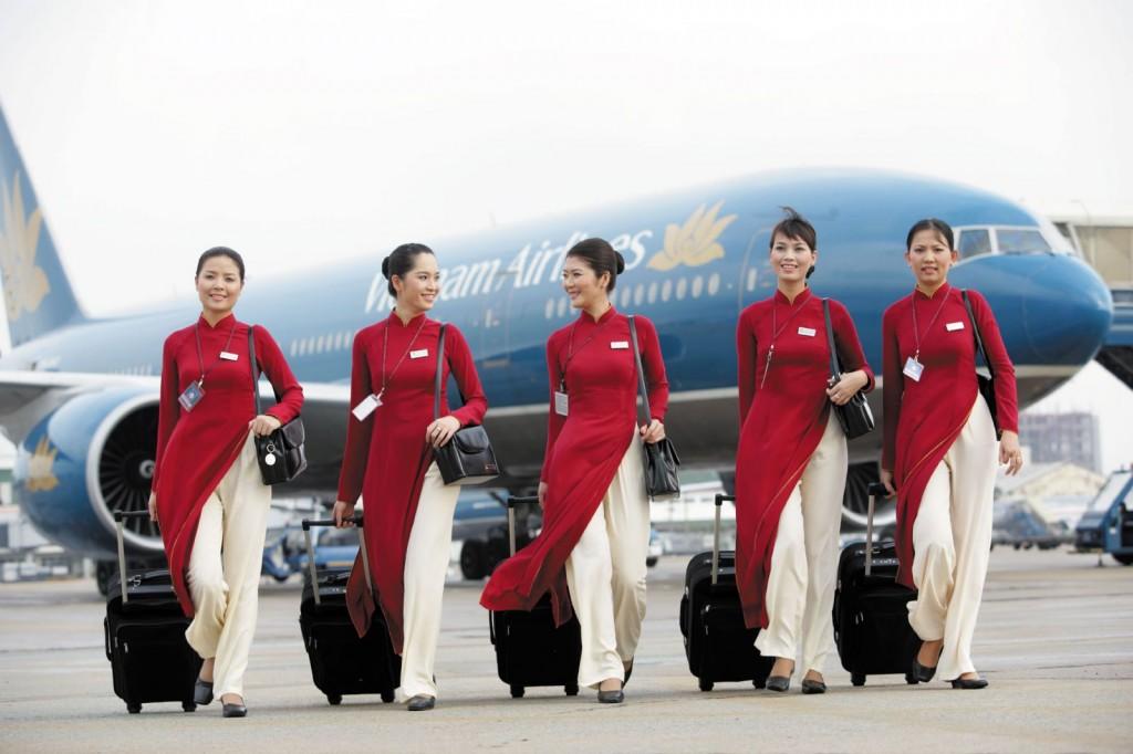 Tiếp viên hàng không tiếng Anh là gì